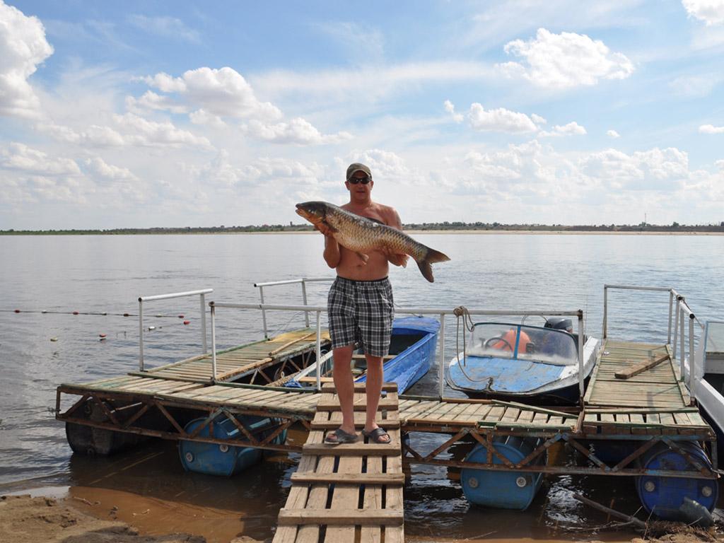 выбираем рыболовную базу